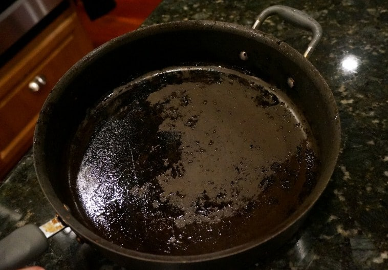 How to Clean Burnt Non Stick Pans